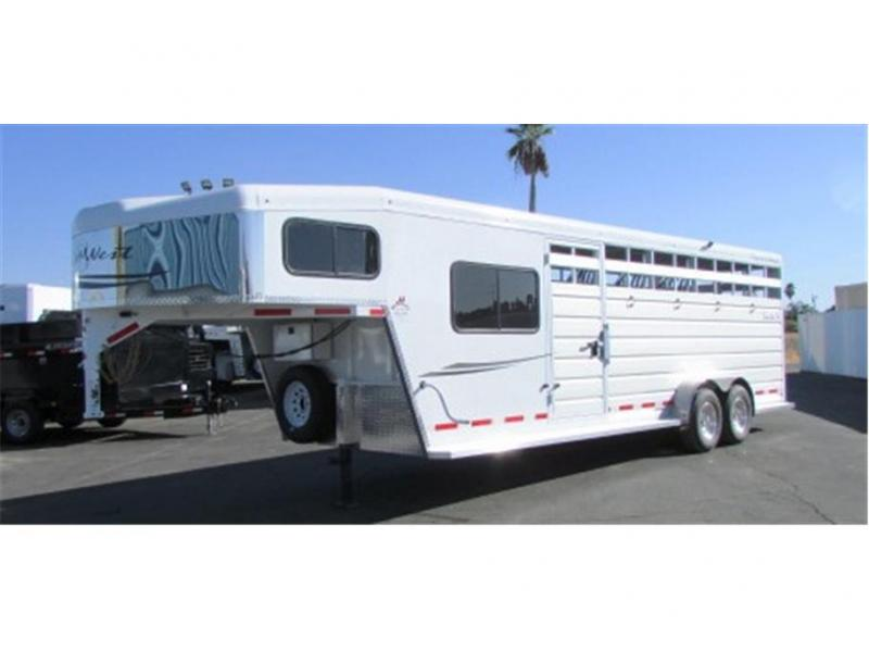 2019 Trails West Manufacturing Santa Fe 21ft. GN 2x7 Slant Tack