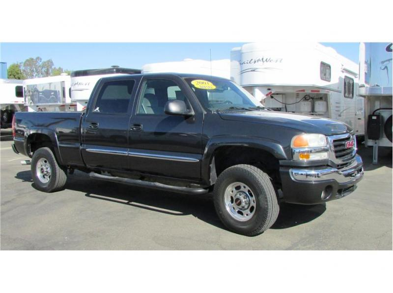 2003 GMC Sierra 2500 HD Crew Cab SLT Pickup 4D 6 1/2 ft