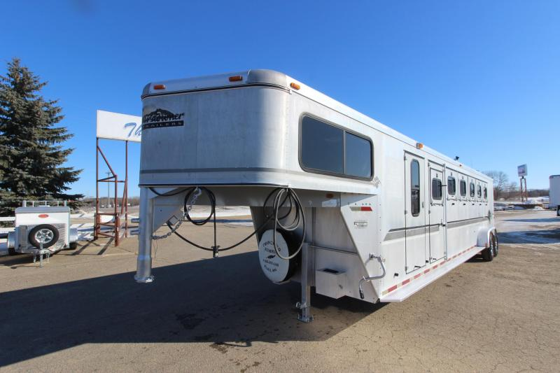1999 Sundowner Trailers 6HR GN Horse Trailer
