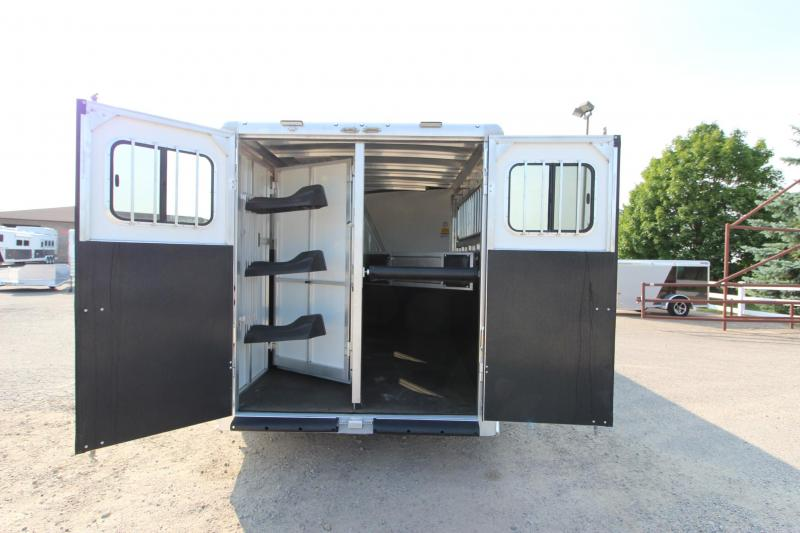 2018 Sundowner Trailers Sportman 3HR GN Horse Trailer