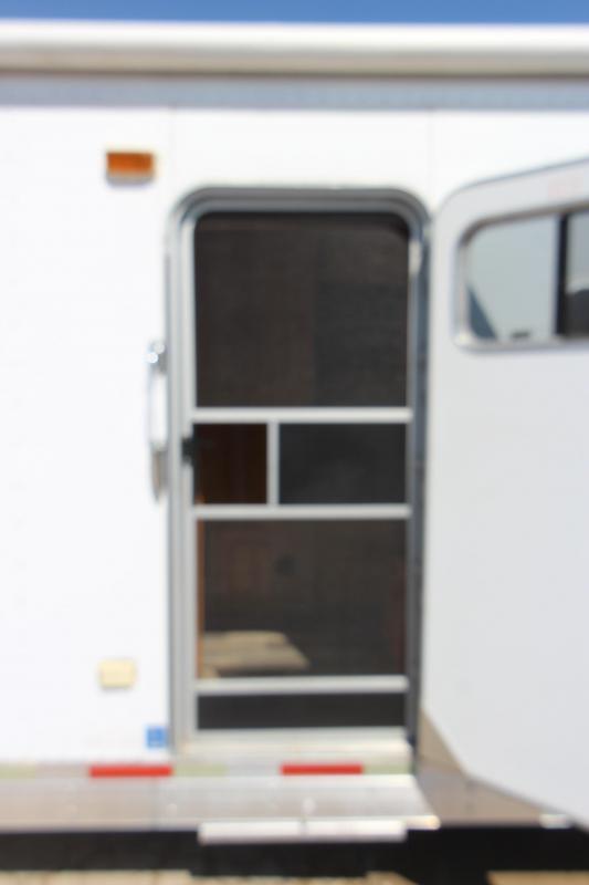 2004 Exiss Trailers 3HR 14' LQ Horse Trailer