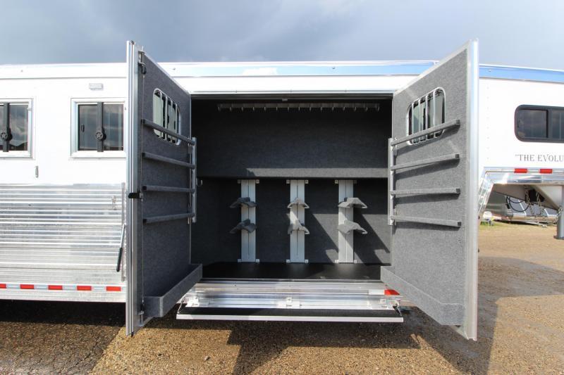 2020 Bloomer 6HR GN Trainer Horse Trailer