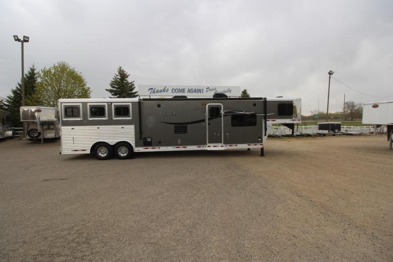 2014 Lakota 3HR 15' LQ Horse Trailer