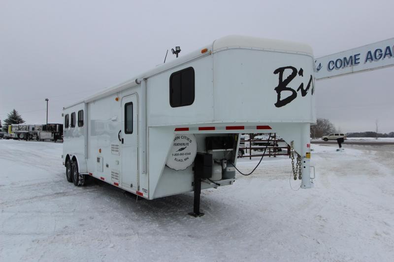 2014 Bison Trailers 3HR 8' LQ Horse Trailer