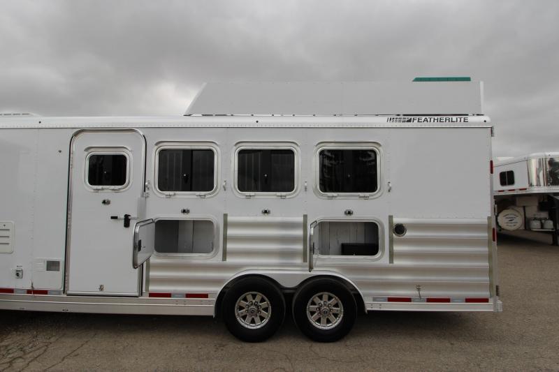 2015 Featherlite 8581 4HR with 12.5 LQ Horse Trailer
