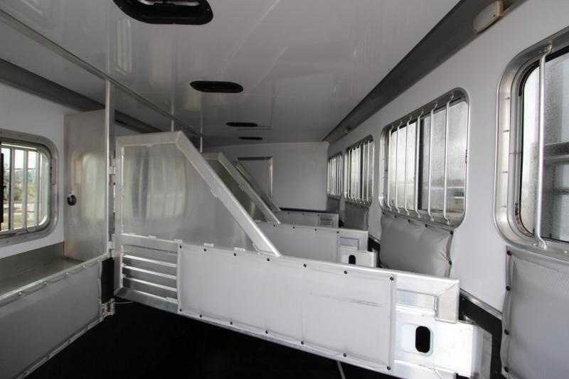 2015 Featherlite 8581 4HR with 12.5 LQ Horse Trailer