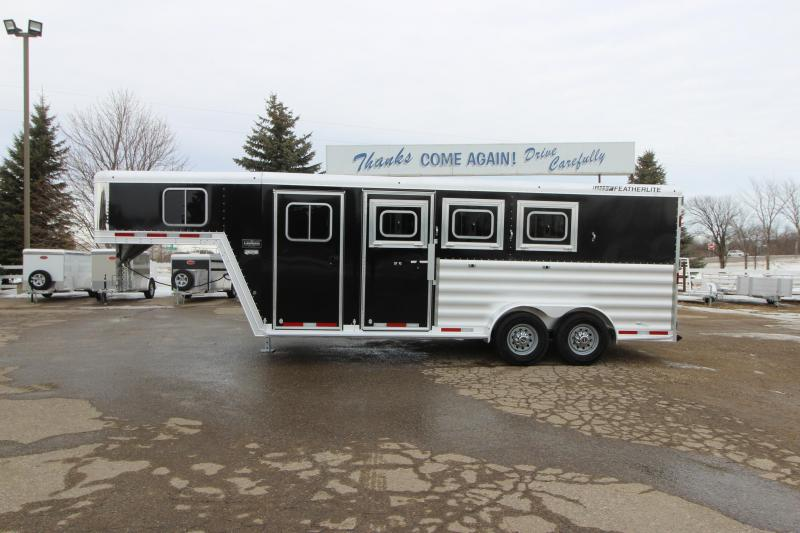 2018 Featherlite 3HR GN Horse Trailer