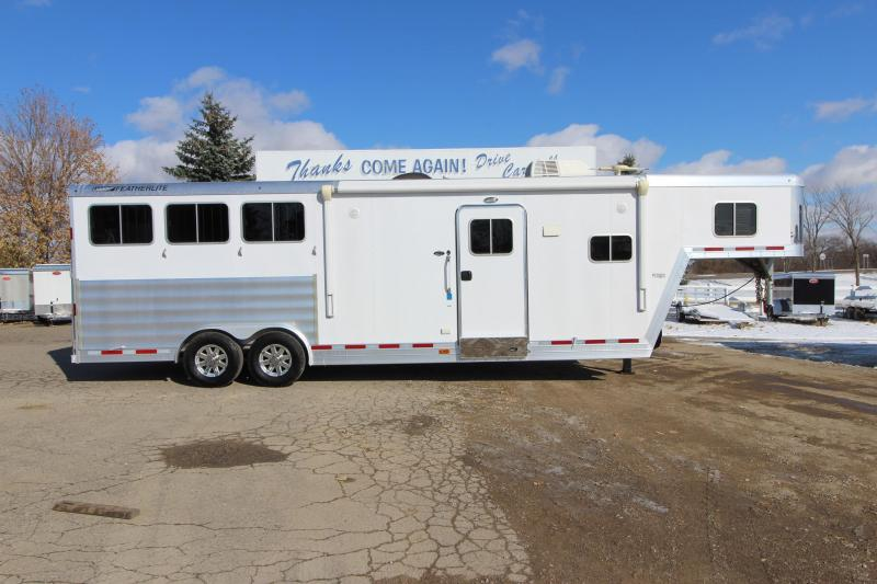 2016 Featherlite 9821 Liberty 3HR GN 11 LQ Horse Trailer