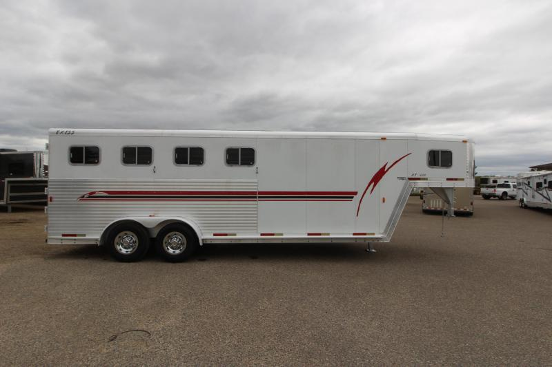 2001 Exiss Trailers 4HR GN Horse Trailer