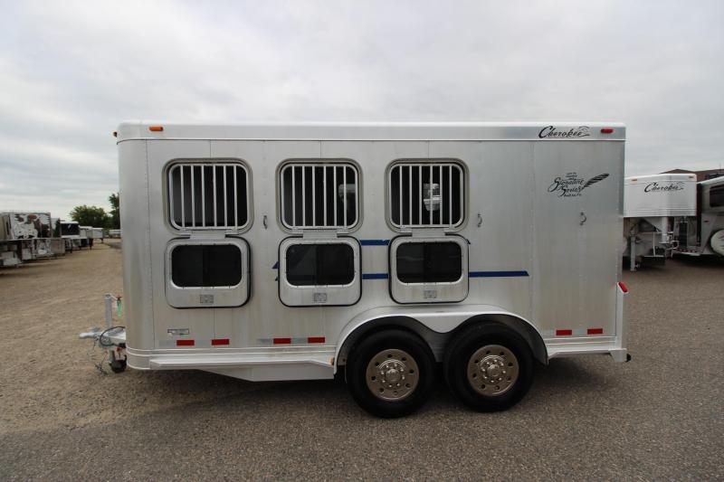2005 Cherokee Trailers 3HR BP Horse Trailer