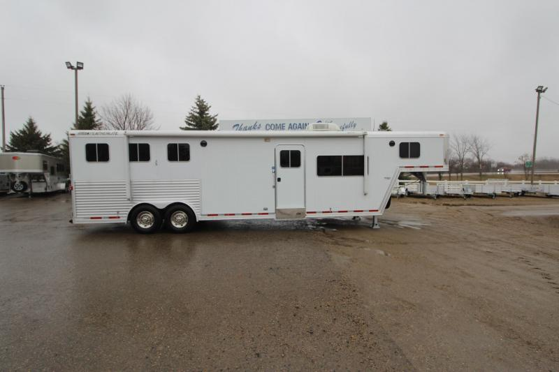 2004 Featherlite 3HR 13' LQ Horse Trailer