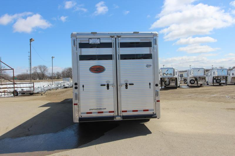 2019 Sundowner Trailers 4HR Stock/Combo LQ Horse Trailer