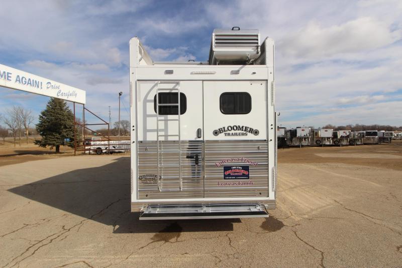 2020 Bloomer 4HR GN Side Load 16' LQ Horse Trailer