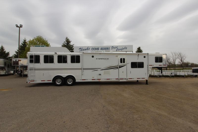 2012 Lakota 4HR 15' LQ Horse Trailer