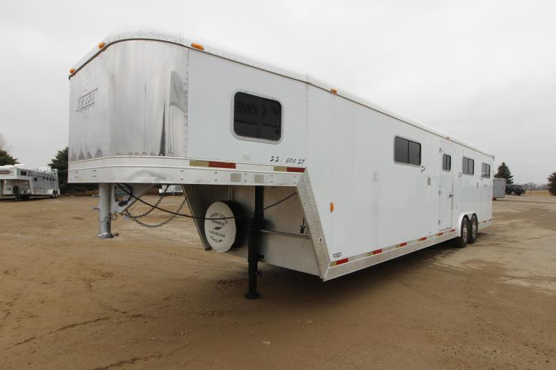 2002 Exiss Trailers 6HR H2H Horse Trailer