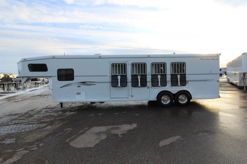 2001 Trails West Manufacturing 4HR GN 8.5' LQ Horse Trailer