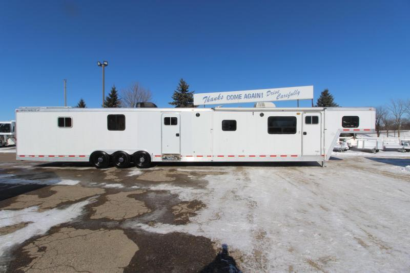 1998 Featherlite 4941 45' Toy Hauler RV