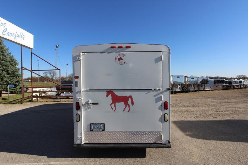 1999 Trails West Manufacturing 3HR GN Horse Trailer