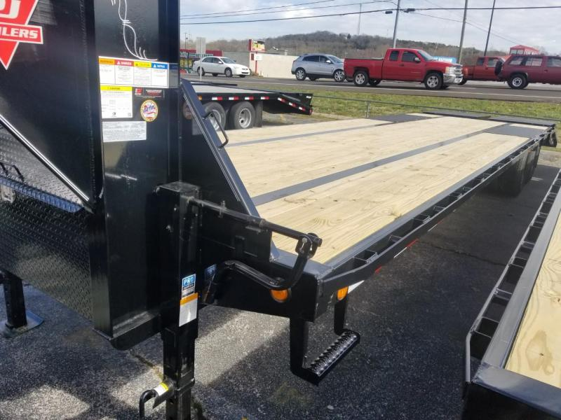 2019 PJ Trailers LD322 Flatbed Trailer