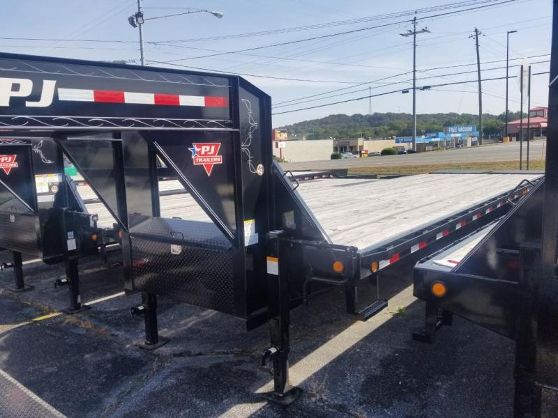 2019 PJ Trailers FD322 Flatbed Trailer