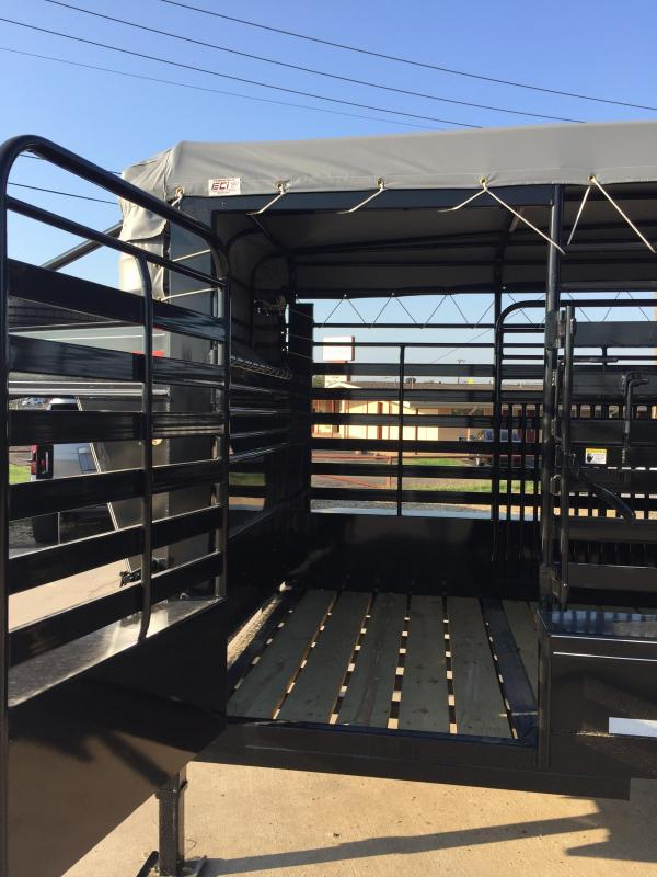 2020 Delco Trailers GB6836370 Livestock Trailer