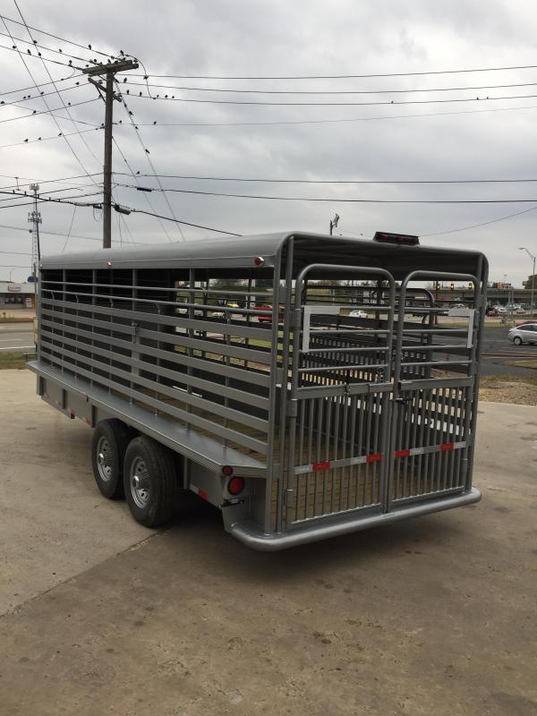 2017 Delco Trailers GM68202701 Livestock Trailer