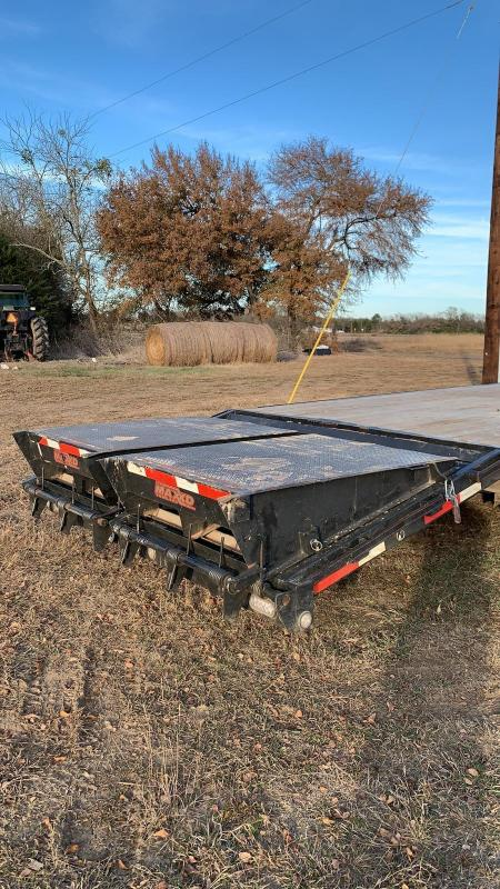 2018 MAXXD FLAT BED Flatbed Trailer