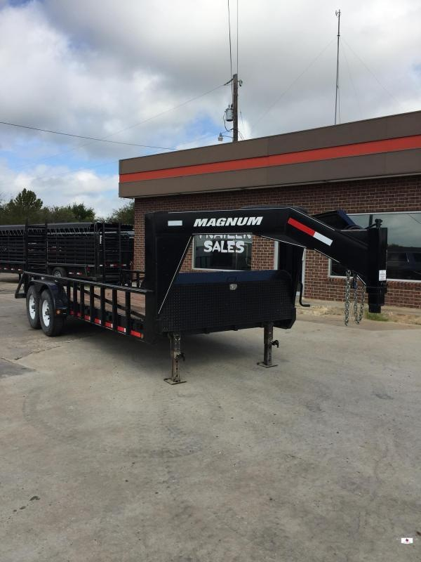 2016 Magnum GC8318072 Equipment Trailer