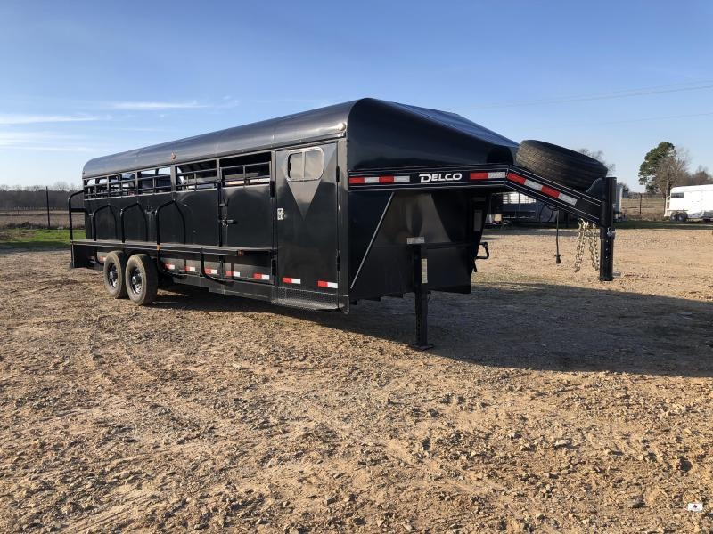 2019 Delco Trailers GP682427 Livestock Trailer