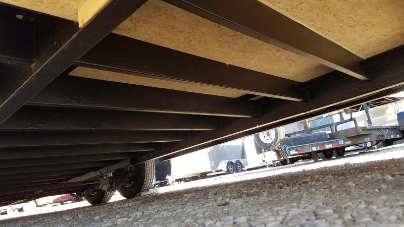 2020 Interstate 8.5x28 Deluxe Enclosed Auto Hauler 10k