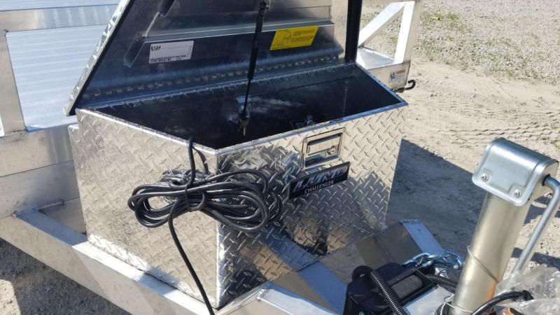 ON ORDER 2020 R and R 7x18 All Aluminum Hydraulic Tilt Deck Auto Hauler 7k