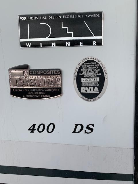 2001 Coachmen Sports Coach 400DS Class A RV