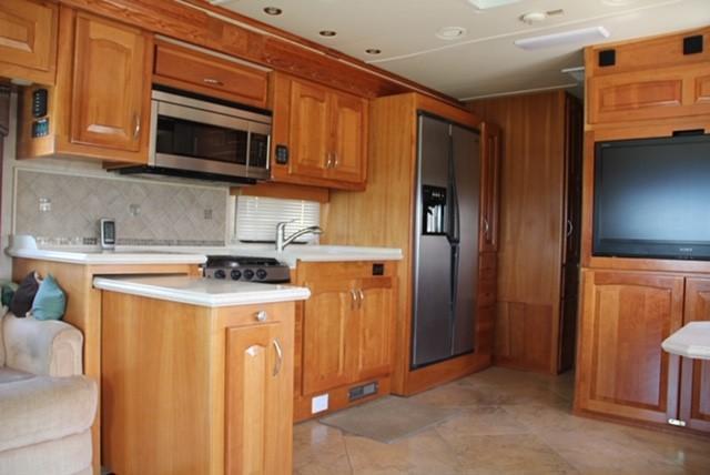 2008 Other Beaver Contessa Westport Class A RV