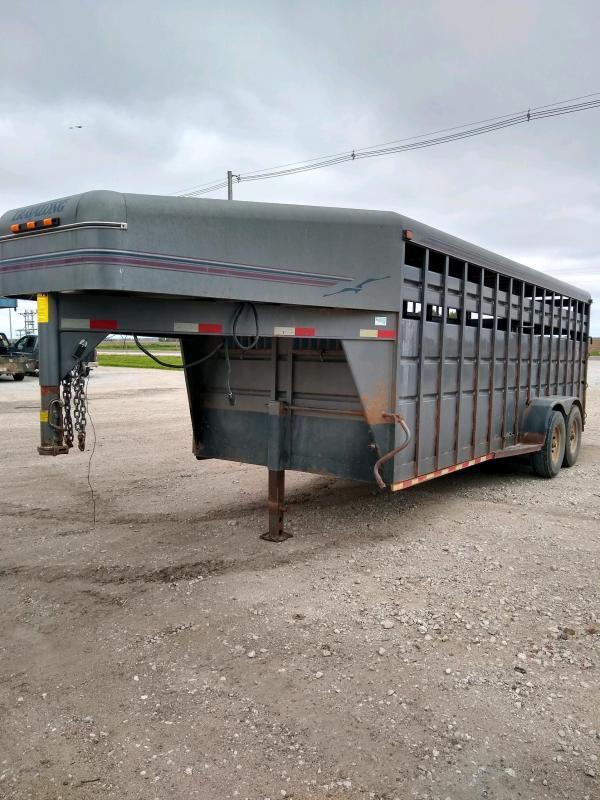 1999 Travalong 6'8X20 GN Livestock Trailer
