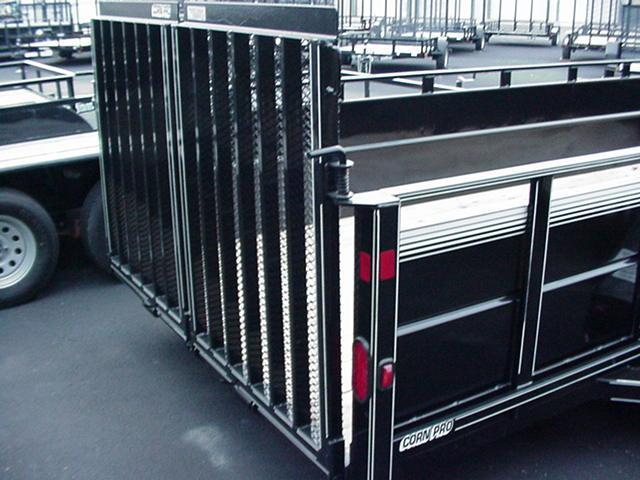 """CornPro 79""""x18' High Sides 10K w/HD Split Mesh Ramps"""