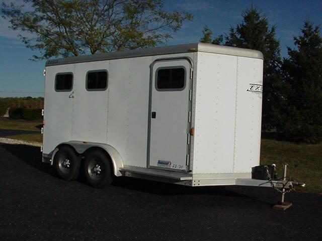2003 Exiss Trailers 2H Slant BP Horse Trailer
