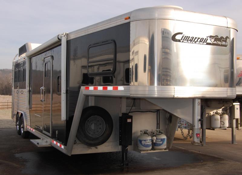 2007 Cimarron Trailers NorStar Horse Trailer