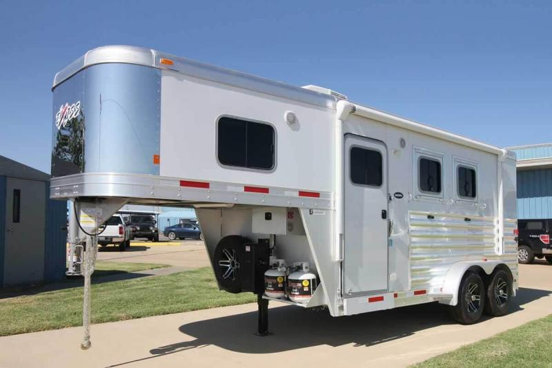 2021 Exiss Trailers ESCAPE 7204 Horse Trailer