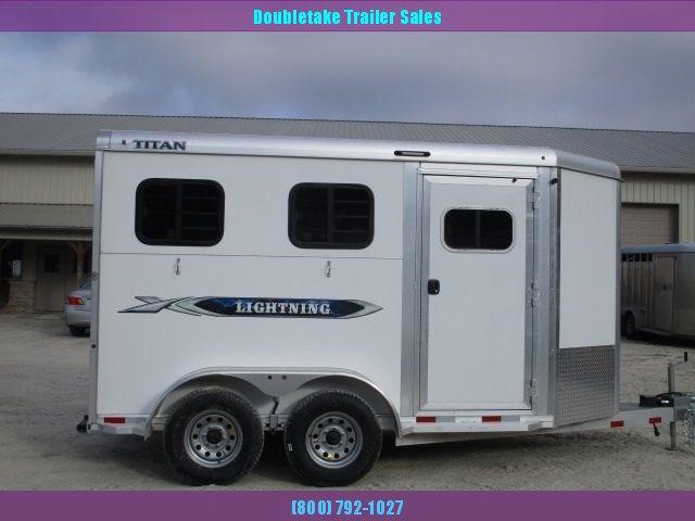 2020 Titan Trailers TL2HS Horse Trailer
