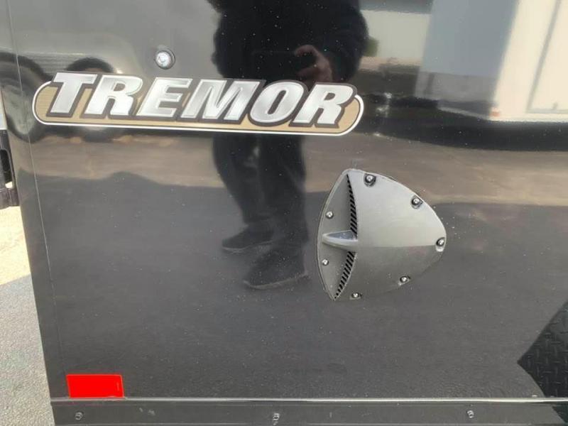 Formula 7' x 16' x 7' Tremor Black Out Edition UTV PKG
