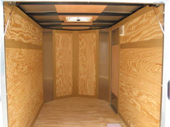Forest River Inc. 5 x 8 Cargo / Enclosed Trailer