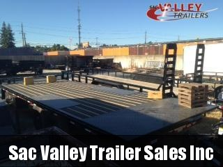 2020 Load Trail PE0222072 Equipment Trailer