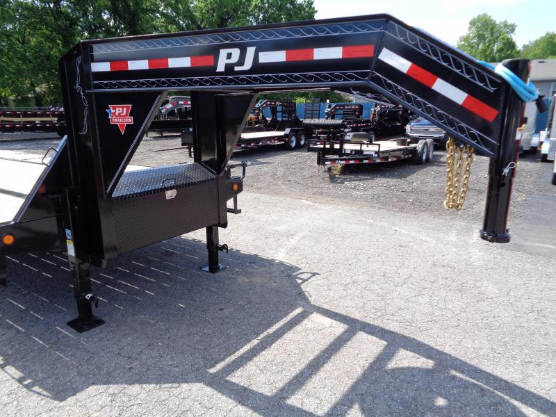 2020 PJ Trailers 25' Low-Pro Flatdeck with Duals (LD)