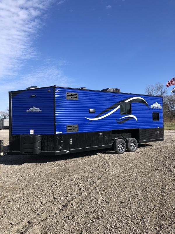 2020 Glacier 22ft RV Explorer Ice/Fish House Trailer