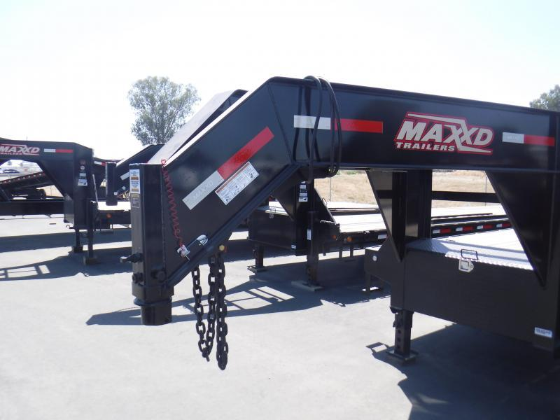 2019 MAXXD 40K GOOSENECK FLATBED Equipment Trailer