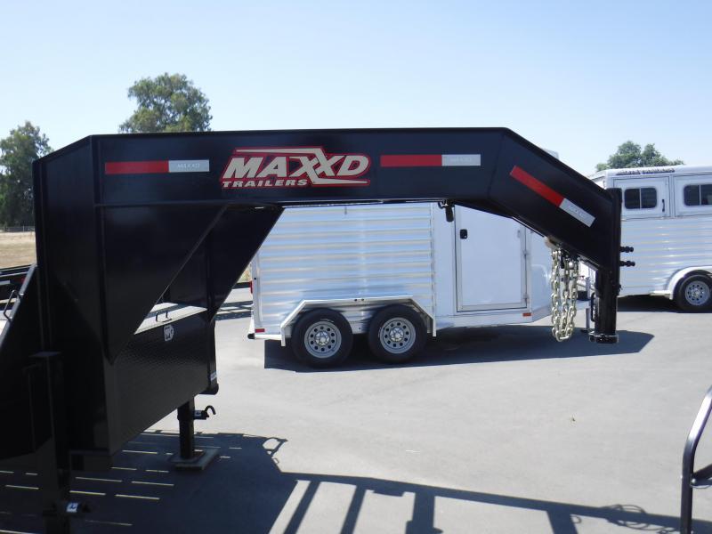 2019 MAXXD LOW-PRO TANDEM DUAL Equipment Trailer