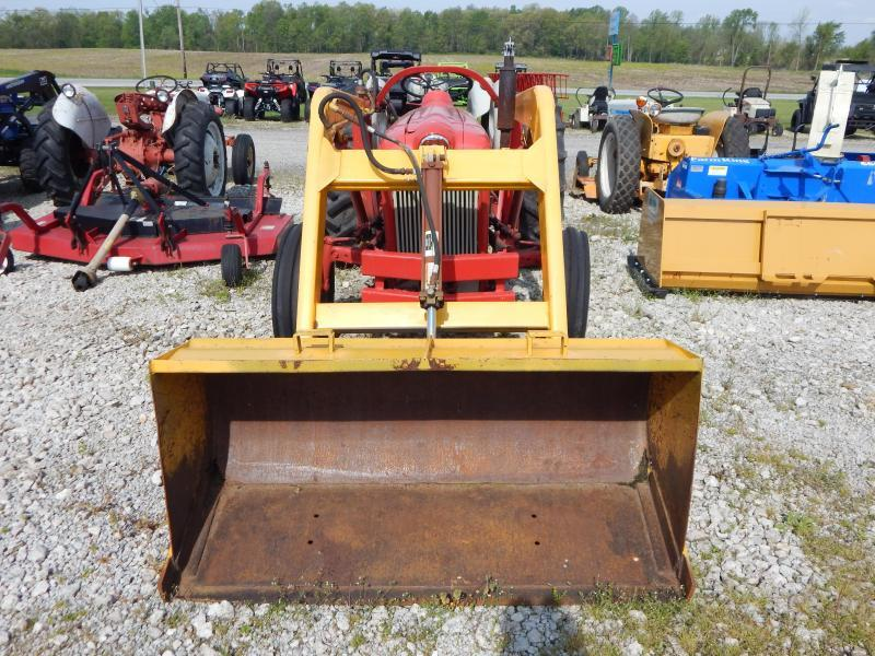 1959 Ford 641 Tractor W/Loader