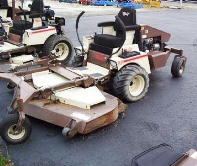 2000 Grasshopper 928 Mower 72""