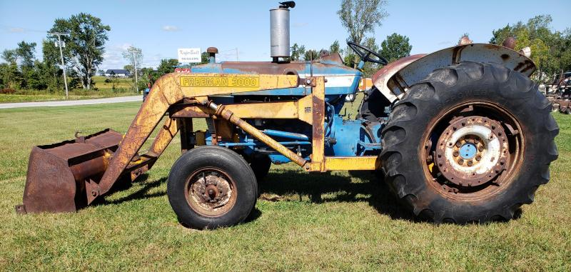 1968 Ford 4000 Tractor