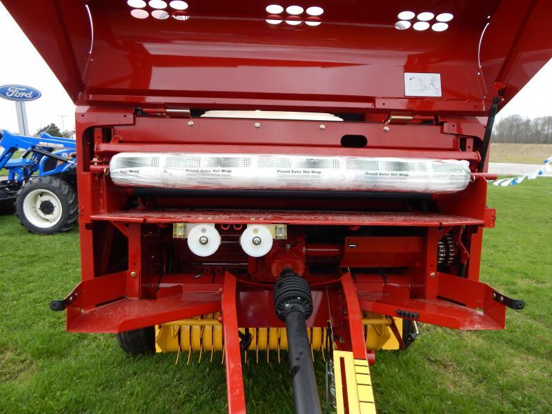 2019 New Holland Roll Belt 450 Hay / Forage